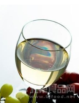 美研究称喝葡萄酒能预防肾结石